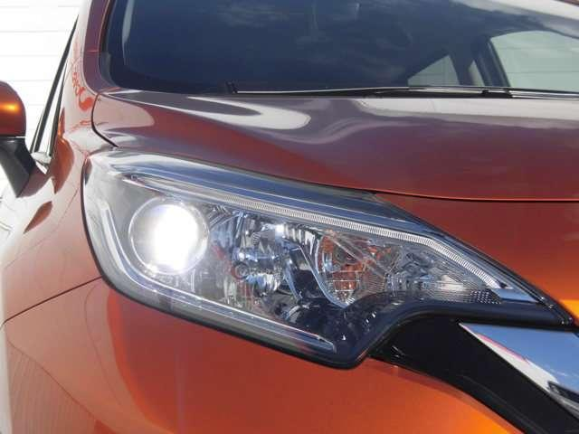 e-パワー X 当社社有車 衝突被害軽減ブレーキ 日産純正メモリーナビ アラウンドビューモニター スマートルームミラー インテリジェントキー ハイビームアシスト LEDヘッドライト アルミホイール(16枚目)
