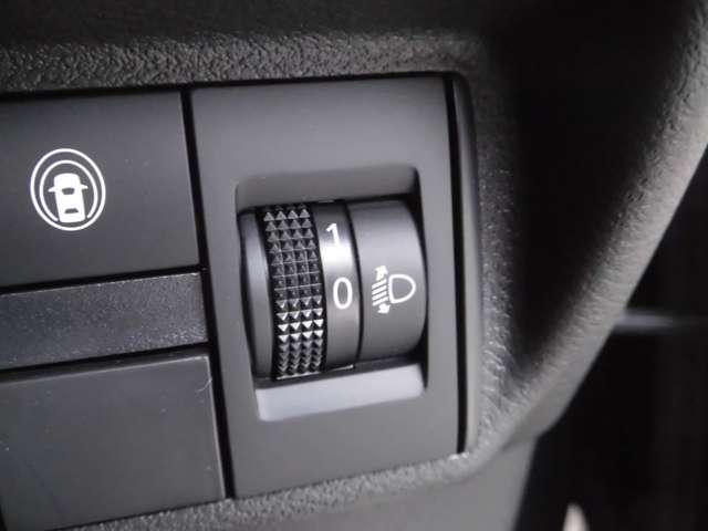 S リモコンキー 日産純正メモリーナビ(MM320D-L) 衝突被害軽減ブレーキ オートライト 車線逸脱警報 ハイビームアシスト 踏み間違い防止機能(10枚目)