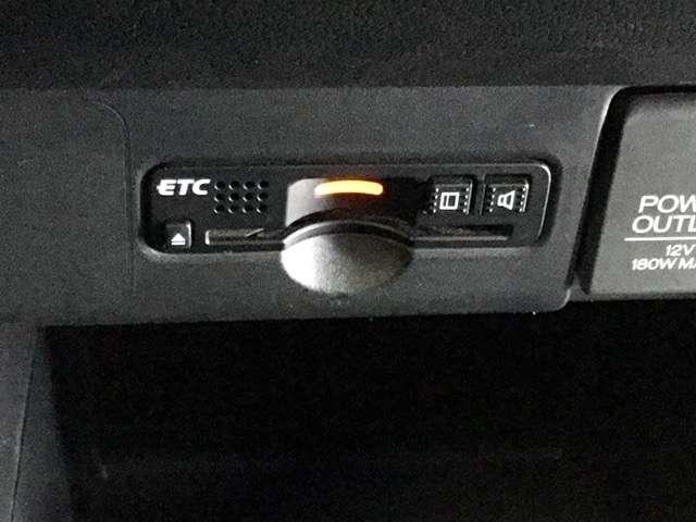 G・ターボLパッケージ 純正8インチナビ Bluetooth接続対応 リア席シートスライド クルーズコントロール CD楽曲録音 ETC パドルシフト HID LEDフォグライト オートライト(15枚目)