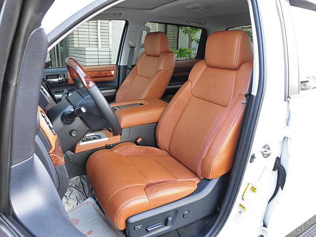 クルーマックス 1794エディション アルパイン8インチナビ フルセグTV サドルレザーブラウンシート シートヒーター&ベンチレーター ガラスサンルーフ オーバーフェンダー 20インチAW(9枚目)