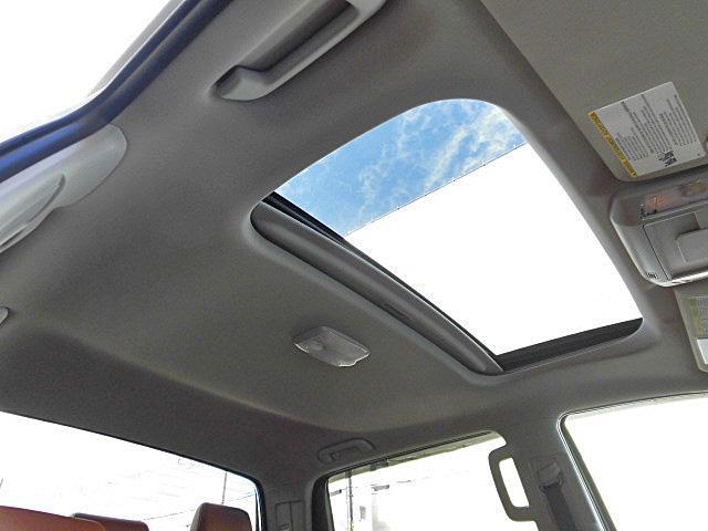 クルーマックス 1794エディション アルパイン8インチナビ フルセグTV サドルレザーブラウンシート シートヒーター&ベンチレーター ガラスサンルーフ オーバーフェンダー 20インチAW(12枚目)