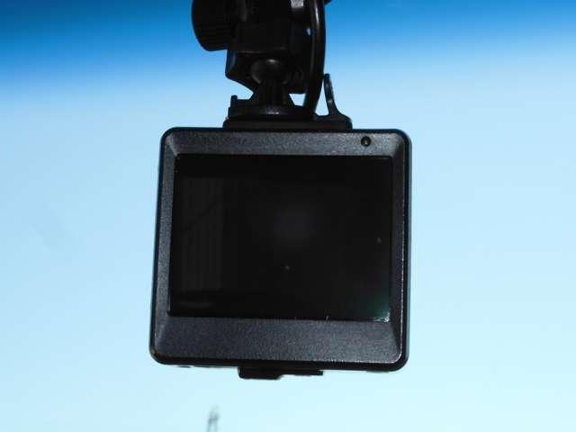 L ホンダセンシング ワンオーナー メモリーナビ  フルセグ リアカメラ ドラレコ 衝突被害軽減ブレーキ LED ETC(18枚目)