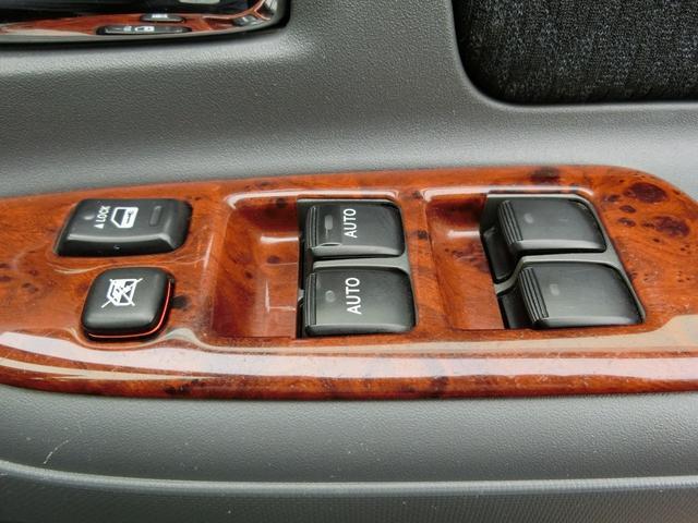 DICE-G フルセグ メモリーナビ DVD再生 バックカメラ ETC 電動スライドドア HIDヘッドライト 乗車定員7人 3列シート ワンオーナー(32枚目)