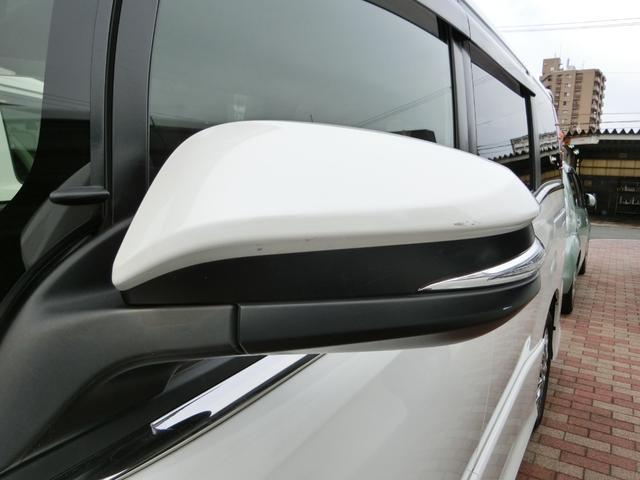 ハイブリッドSi ダブルバイビー フルセグ メモリーナビ DVD再生 バックカメラ 衝突被害軽減システム ETC 両側電動スライド LEDヘッドランプ 乗車定員7人 3列シート フルエアロ(43枚目)