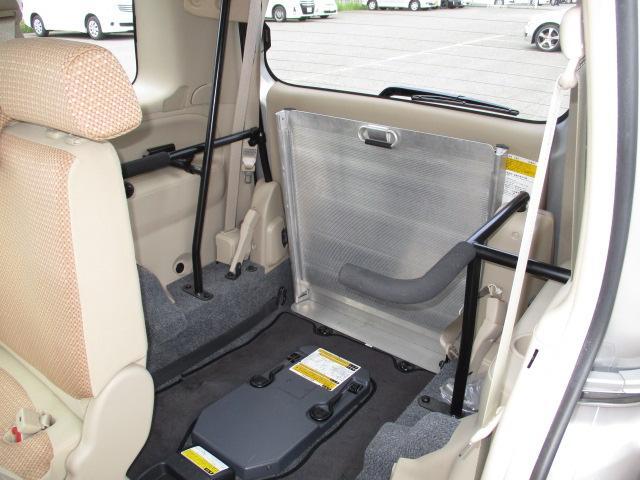 トヨタ シエンタ 車いす仕様スロープタイプ