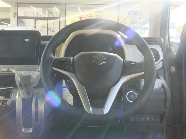 【安心のロング保証付販売!】当社は、全部の新車・届出済未使用車にメーカーの新車保証をお付けして販売致しております!万が一のトラブルも全国ディーラー店で保証対応可能です!