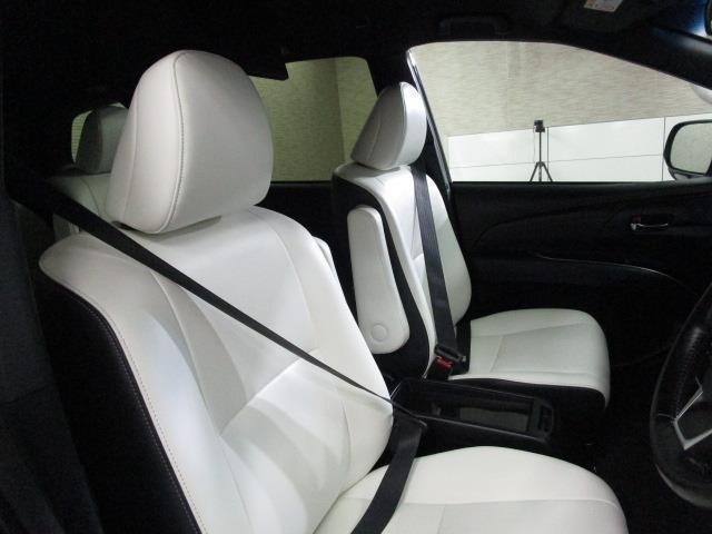 アエラス スマート 4WD フルセグ メモリーナビ DVD再生 後席モニター バックカメラ 衝突被害軽減システム ETC 両側電動スライド LEDヘッドランプ ウオークスルー 乗車定員7人 3列シート(9枚目)