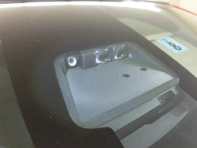 トヨタ カローラフィールダー ハイブリッドG ナビ付き ETC CD DVD再生