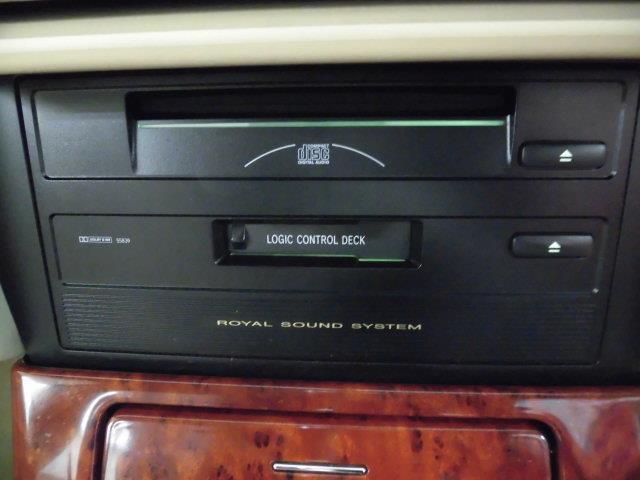 トヨタ クラウン ロイヤルエクストラリミテッド ナビ付き ワンオーナー CD