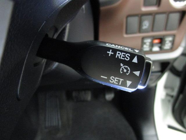Gi フルセグ メモリーナビ DVD再生 バックカメラ ETC ドラレコ 両側電動スライド LEDヘッドランプ ウオークスルー 乗車定員7人 3列シート ワンオーナー アイドリングストップ(14枚目)