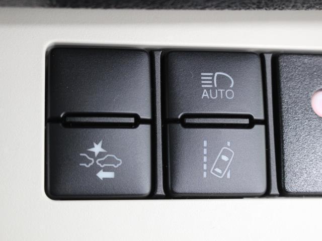 G Dレコ LEDヘットライト 地デジTV 3列 リアカメラ スマキー メモリ-ナビ キーフリー TVナビ ETC DVD イモビライザー CD ABS ワンオーナカー 両側電動D 横滑り防止 AAC(14枚目)