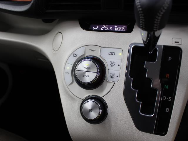 G Dレコ LEDヘットライト 地デジTV 3列 リアカメラ スマキー メモリ-ナビ キーフリー TVナビ ETC DVD イモビライザー CD ABS ワンオーナカー 両側電動D 横滑り防止 AAC(16枚目)