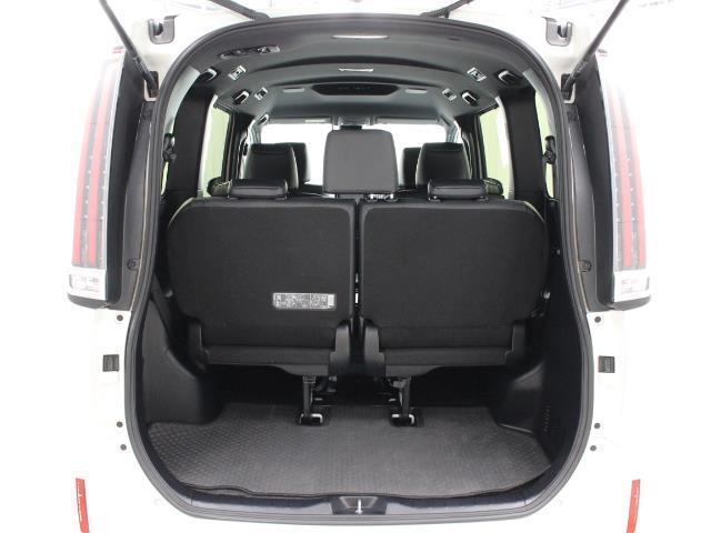 Gi ワンセグ SDナビ バックカメラ ETC ドラレコ シートヒーター 両側電動スライド LEDヘッドランプ PKSB TSS 乗車定員7人 3列シート ワンオーナー アイドリングストップ(7枚目)