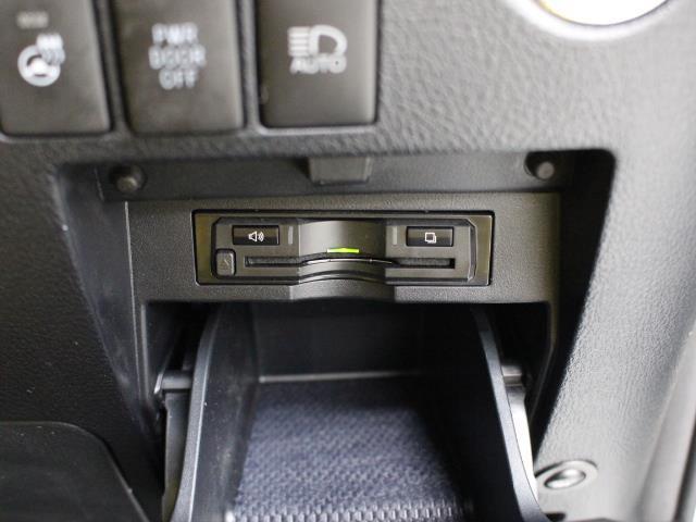 2.5S Cパッケージ 本革 11型ナビ フルセグ DVD再生 バックカメラ ミュージックプレイヤー接続可 後席モニター ETC シートエアコン 両側電動スライドドア パワーバックドア LEDヘッドライト PKSB TSS(13枚目)