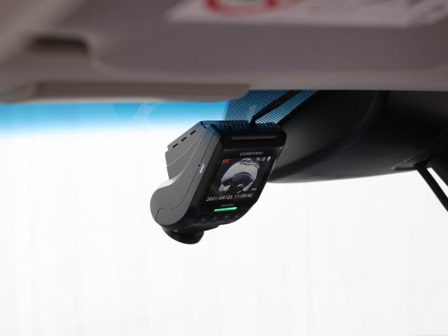 ハイブリッドZ・ホンダセンシング メモリーナビ フルセグ DVD再生 ミュージックプレイヤー接続可 バックカメラ ETC ドラレコ シートヒーター LEDヘッドライト 衝突被害軽減システム ワンオーナー(12枚目)