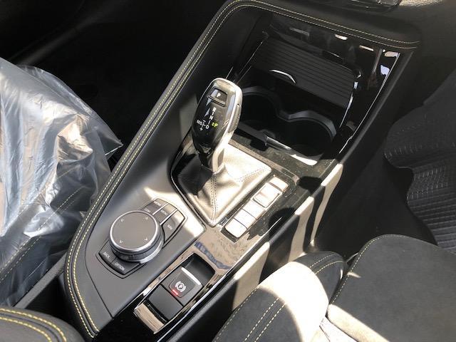 sDrive 18i MスポーツX 登録済み未使用車ETC(11枚目)