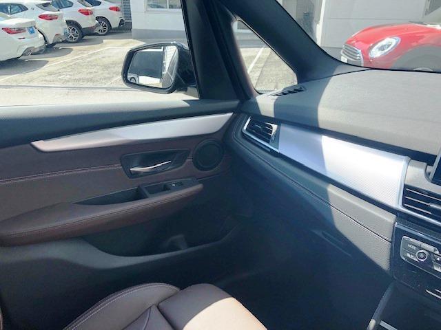 「BMW」「BMW」「ミニバン・ワンボックス」「大阪府」の中古車18