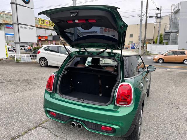 クーパーSD 60イヤーズエディション 60イヤーズエディションワンオーナー車LEDヘッドライトブラウンレザーシートヒーターバックモニターパークディスタンスコントロールコンフォートアクセス純正AWドライビングモードミラーETC(37枚目)
