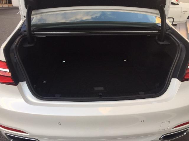 BMW BMW 740e認定保証プラグインHV黒革SR付ACCLEDヘッド