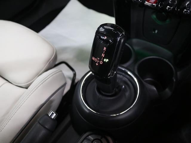「MINI」「MINI」「オープンカー」「大阪府」の中古車16