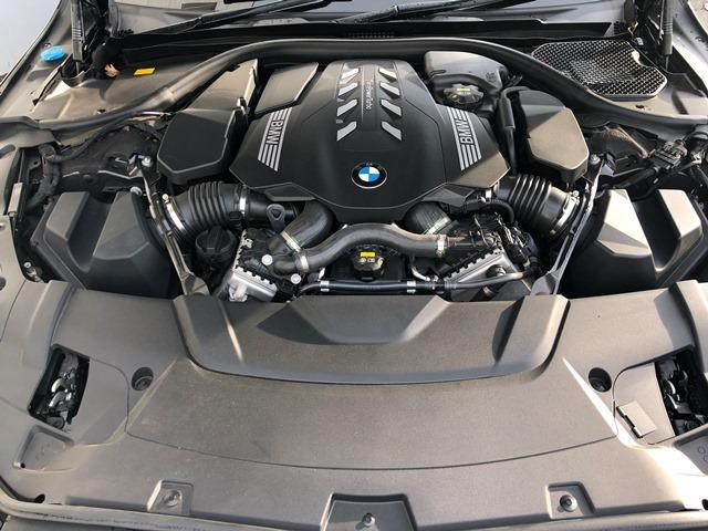 750i xDrive ラグジュアリー リアコンフォートパッケージ・コンフォートエクセレンスパッケージ・レザーフィニッシュダッシュボード・マッサージ機能付フロント・リアシート・BOWERS&WILKINNS・ナイトビジョン・コニャックレザー(33枚目)