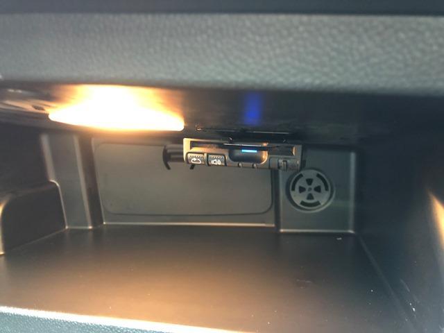 クーパーD ・認定保証・バックカメラ・PDCセンサー・LEDヘッドライト・ETC・クルーズコントロール・コンフォートアクセス・純正HDDナビ・純正アルミ・ブラックルーフ・アームレスト・F55(35枚目)