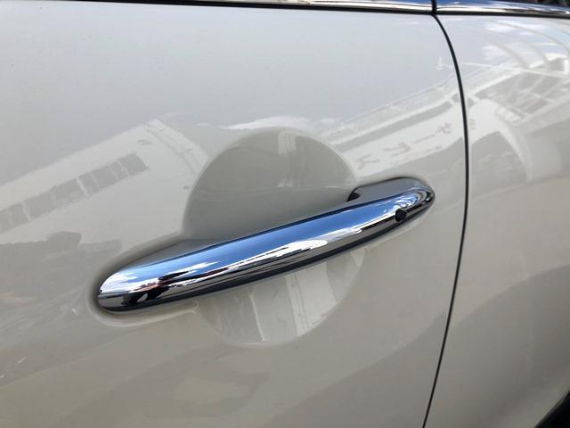 クーパーD ・認定保証・バックカメラ・PDCセンサー・LEDヘッドライト・ETC・クルーズコントロール・コンフォートアクセス・純正HDDナビ・純正アルミ・ブラックルーフ・アームレスト・F55(51枚目)