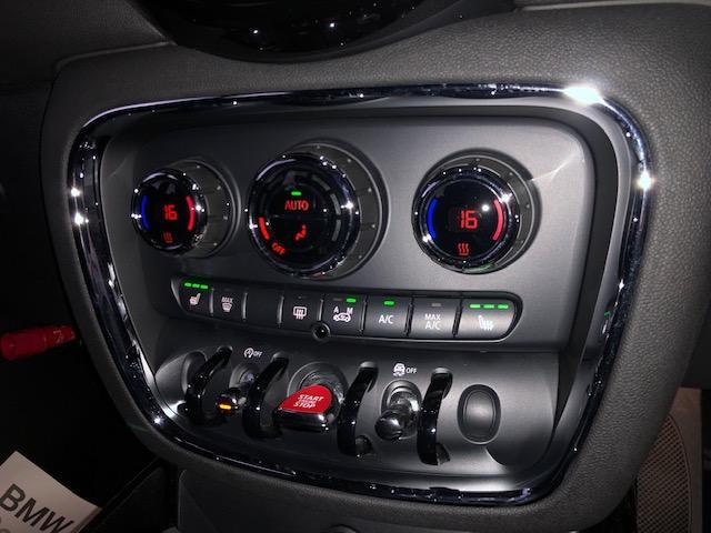 クーパー クラブマン 純HDDナビ・ワンオーナー・ベーガンディ革・シートヒーター・アイドリングストップ・メモリー機能付電動シート・ETC・フォグライト・純正AW・ステップトロニック・ブラックルーフ・ドライビングモードF54(37枚目)