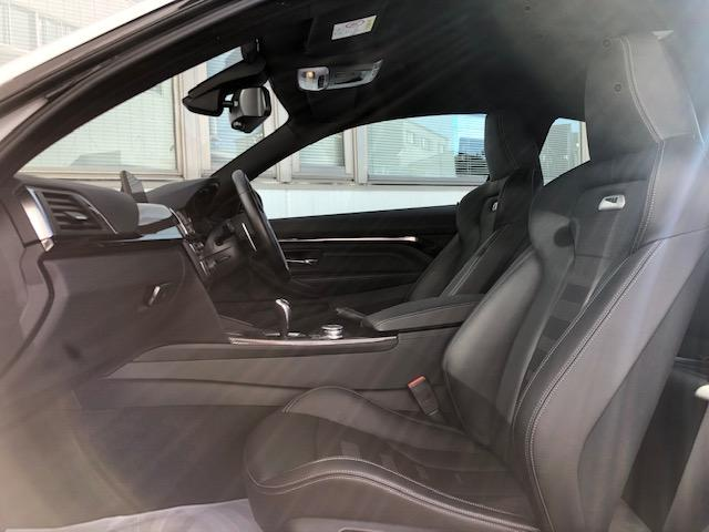 M4クーペ カーボンインテリア・純HDDナビ・LEDヘッドライト・ブレーキ軽減・レーンチェンジウォーニング・SOSコール・レーンディパチャーウォーニング・バックカメラ・PDCセンサー・黒革・シートヒーター・LED(18枚目)