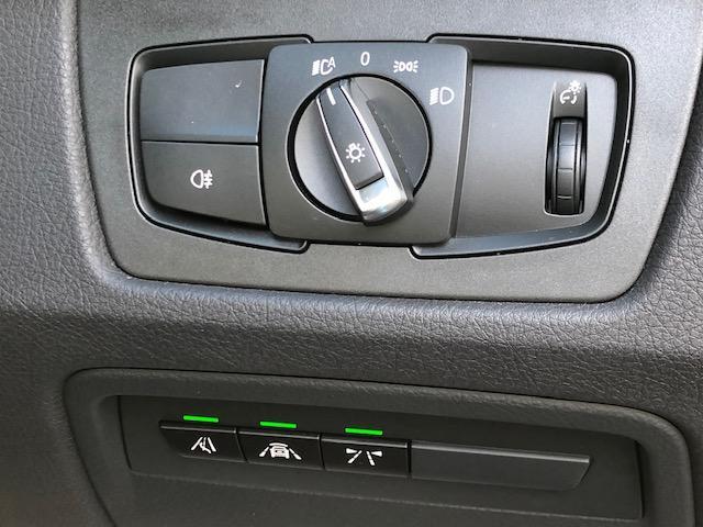 M4クーペ カーボンインテリア・純HDDナビ・LEDヘッドライト・ブレーキ軽減・レーンチェンジウォーニング・SOSコール・レーンディパチャーウォーニング・バックカメラ・PDCセンサー・黒革・シートヒーター・LED(25枚目)