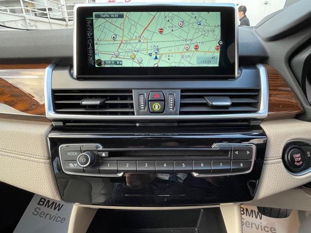 218dアクティブツアラー セレクション ・特別使用車・アクティブクルーズコントロール・LEDjヘッドライト・ブレーキ軽減システム・レーンディパチャーウォーニング・SOSコール・コネクティッドドライブ・オートトランク・ヘッドアップディスプレイ(14枚目)