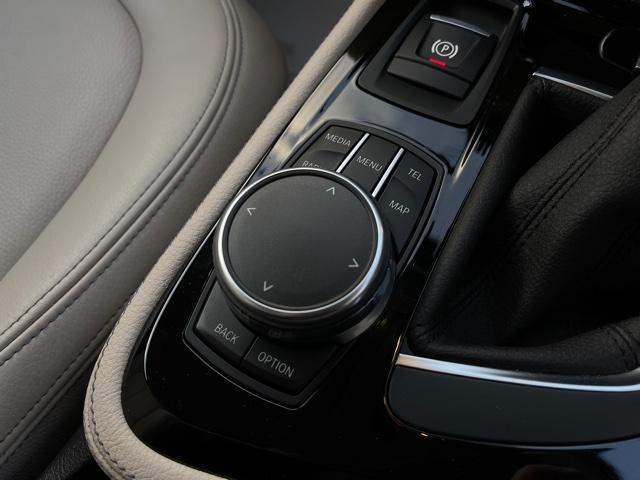 218dアクティブツアラー セレクション ・特別使用車・アクティブクルーズコントロール・LEDjヘッドライト・ブレーキ軽減システム・レーンディパチャーウォーニング・SOSコール・コネクティッドドライブ・オートトランク・ヘッドアップディスプレイ(17枚目)