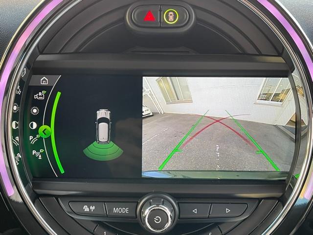 クロスオーバー ノーフォークエディション レザレットシート・限定車・ブレーキ軽減・Bカメラ・PDCセンサー・LEDヘッドライト・ミラーETC・シートヒーター・オートトランク・SOSコール・ピクニックベンチ・アクティブクルーズコントロールF60(17枚目)