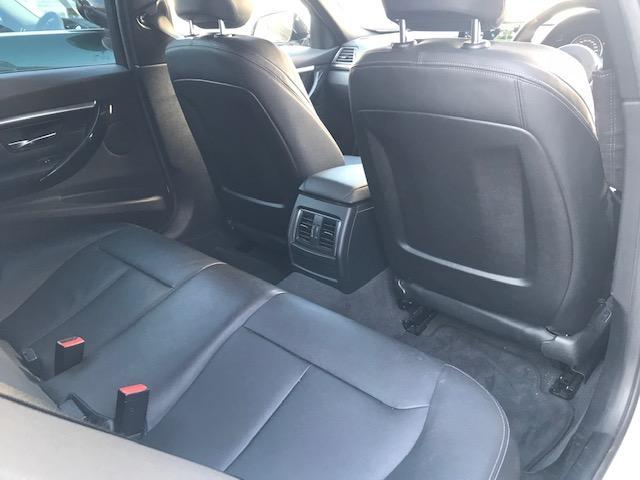 320d Mスポーツ ・アクティブクルーズコントロール・コンフォートアクセス・オプションホイール・LEDヘッドライト・ブラックレザー・シートヒーター・バックカメラ・PDCセンサー・純正HDDナビ・シートヒーター・F30・(26枚目)