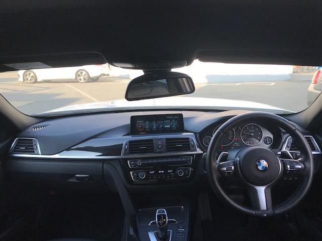 320d Mスポーツ ・アクティブクルーズコントロール・コンフォートアクセス・オプションホイール・LEDヘッドライト・ブラックレザー・シートヒーター・バックカメラ・PDCセンサー・純正HDDナビ・シートヒーター・F30・(45枚目)