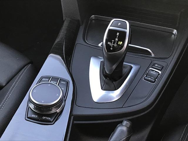 320d Mスポーツ ・アクティブクルーズコントロール・コンフォートアクセス・オプションホイール・LEDヘッドライト・ブラックレザー・シートヒーター・バックカメラ・PDCセンサー・純正HDDナビ・シートヒーター・F30・(54枚目)