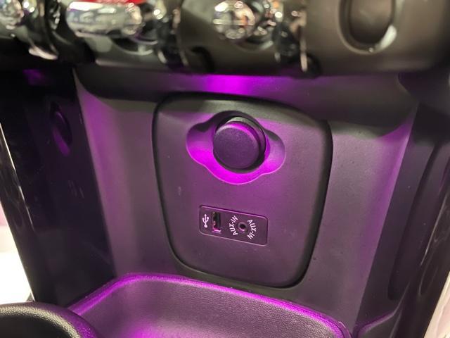 クーパーS 純正HDDナビ・バックカメラ・PDCセンサー・地デジ・アクティブクルーズコントロール・ドライブアシスト・ユアーズパッケージ・ミラーETC・ブラックレザーシート・ミラー内蔵ETC・オプションAW・F55(39枚目)