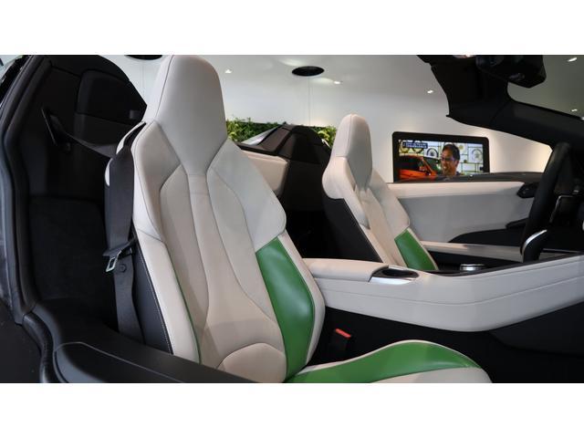 「BMW」「i8」「オープンカー」「大阪府」の中古車15