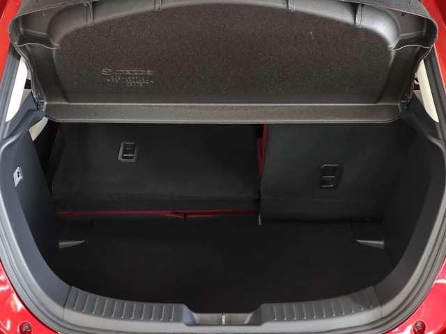 1.5 XD ノーブル クリムゾン ディーゼルターボ マツダ認定中古車 サポカー 専用レッドシート 衝突被害軽減ブレーキ マツダコネクトメモリーナビ スマートインETC LEDヘッドライト クルーズコントロール(15枚目)