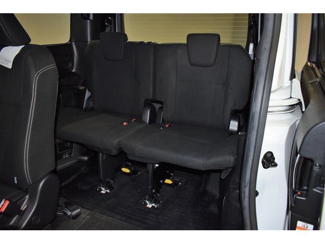 XIウェルキャブ フルセグ DVD再生 バックカメラ 衝突被害軽減システム ETC 両側電動スライド LEDヘッドランプ ウオークスルー 乗車定員7人 3列シート アイドリングストップ(15枚目)