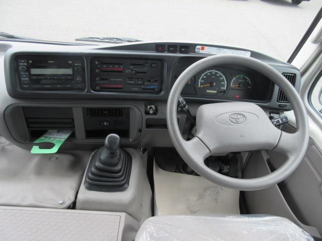 トヨタ コースター LXターボ 5速マニュアル 26人乗り ディーゼルエンジン