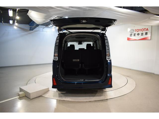 ZS 煌II フルセグ メモリーナビ DVD再生 バックカメラ 衝突被害軽減システム ETC 両側電動スライド LEDヘッドランプ 乗車定員 8人  3列シート フルエアロ アイドリングストップ(7枚目)