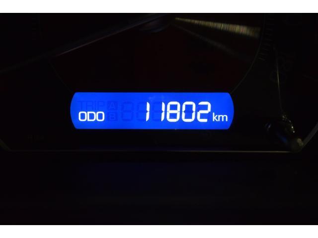 Xi ワンセグ メモリーナビ ミュージックプレイヤー接続可 バックカメラ 衝突被害軽減システム ETC 両側電動スライド LEDヘッドランプ ウオークスルー 乗車定員8人 3列シート アイドリングストップ(18枚目)
