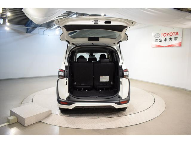 G クエロ ワンセグ メモリーナビ ミュージックプレイヤー接続可 バックカメラ 衝突被害軽減システム ETC 両側電動スライド LEDヘッドランプ ウオークスルー 乗車定員7人 3列シート フルエアロ(8枚目)