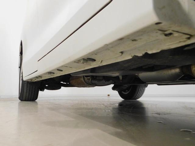 トヨタ エスクァイア Gi LED 両側電動スライド・フルセグ・メモリーナビ付き
