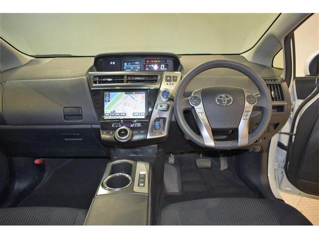 スッキリとしたデザインの内装はさすがトヨタ車の上品さを感じさせますネ♪
