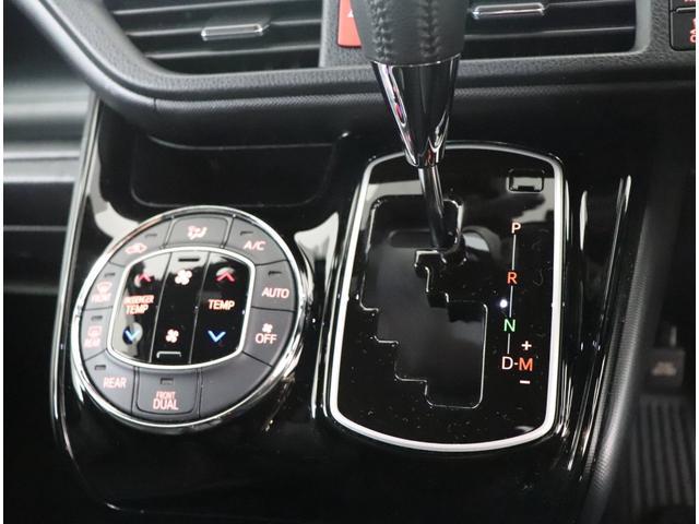 ZS トヨタ認定中古車 衝突被害軽減ブレーキ 車線逸脱警報装置 先進ライト フルフラット 純正アルミ フルエアロ LEDヘッドライト 片側電動スライドドア ETC バックカメラ ワンオーナー車 スマートキー(6枚目)