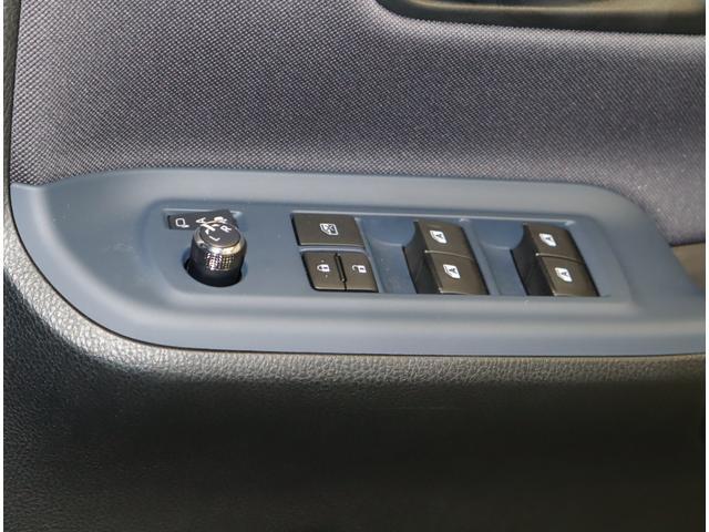 Si フルセグ メモリーナビ DVD再生 後席モニター バックカメラ 衝突被害軽減システム ETC 電動スライドドア LEDヘッドランプ ウオークスルー 乗車定員7人 3列シート ワンオーナー フルエアロ(30枚目)