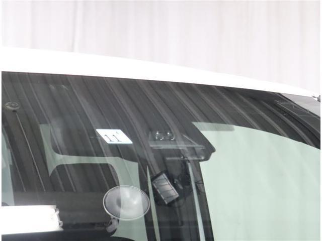 Si フルセグ DVD再生 ミュージックプレイヤー接続可 バックカメラ 衝突被害軽減システム ETC 両側電動スライド LEDヘッドランプ ウオークスルー 乗車定員7人 3列シート ワンオーナー フルエアロ(12枚目)