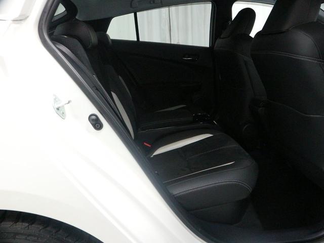 ★安心その2 車両検査証明書★小さなキズも見逃さずにトヨタの認定車両検査員が1台1台の車を厳正に検査しその状態を点数と図解で表示しています。